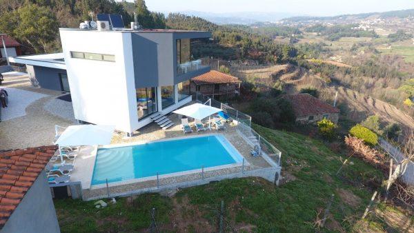 Te koop: Luxe design villa in Canedo De Basto